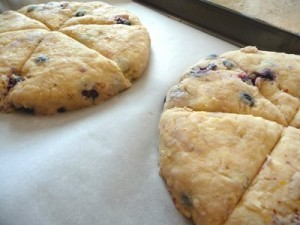 blueberry lemon scones with glaze