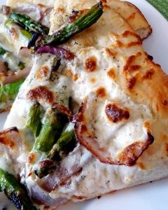 Grilled Asparagus and Red Onion Pizza