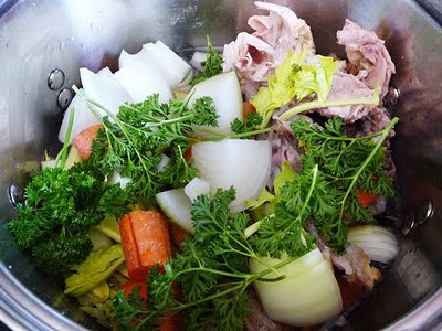 How To Make Homemade Turkey or Chicken Stock