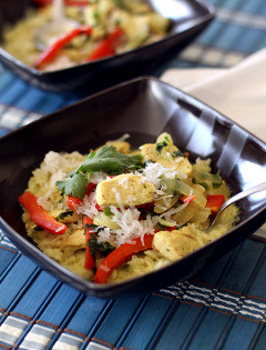 Coconut Chicken Curry Soup