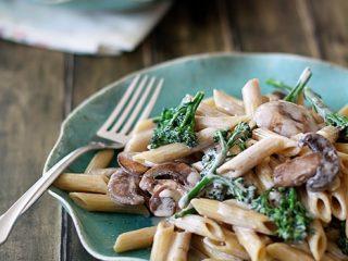 broccoli and mushroom whole wheat pasta ekenasfiber johnhenriksson rh ekenasfiber johnhenriksson se
