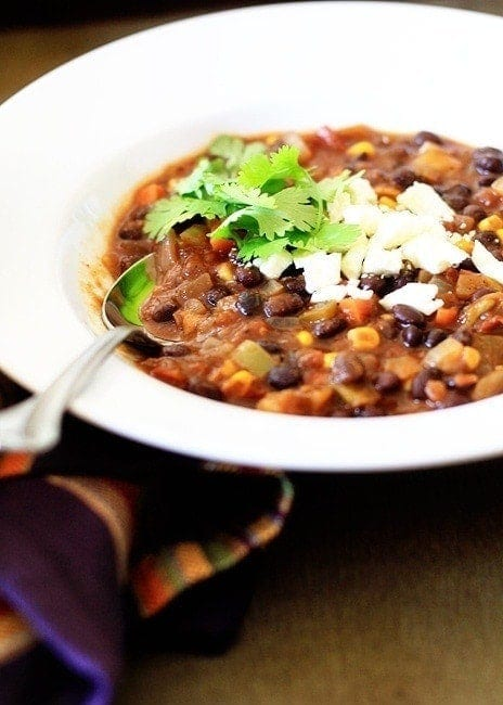 Black beans, sweet potatoes, fire roasted salsa, and poblanos pair with black beans in this hearty, easy meatlessBlack Bean and Sweet Potato Chili.
