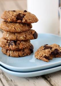 almond oatmeal cookies