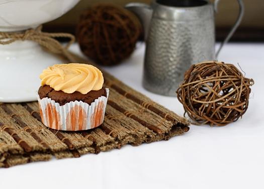 Pumpkin and Chocolate Cupcakes