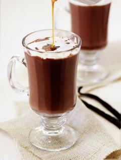 Vanilla Salted Caramel Hot Chocolate
