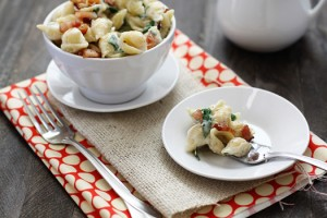 fontina macaroni and cheese with bacon