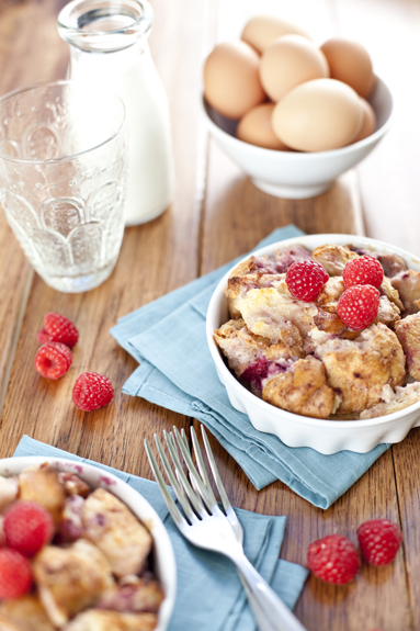 berry bread pudding recipe