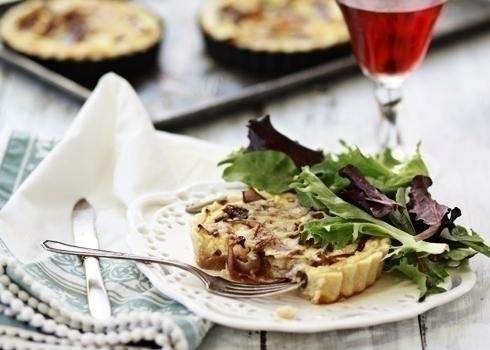 caramelized onion quiche