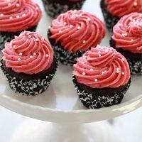 chocolate raspberry cheesecake cupcake