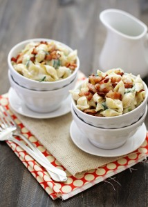 mac and cheese with fontina and bacon