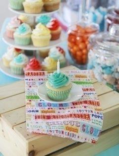 perfect white cupcake vanilla bean sour cream cupcake recipe