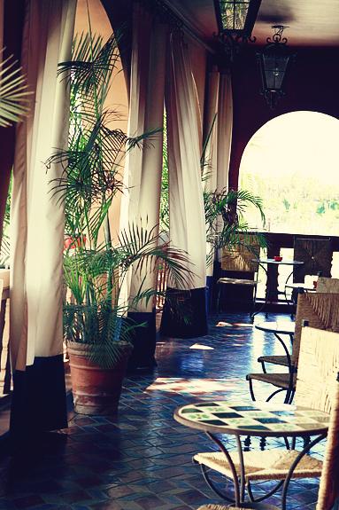 hotel california patio