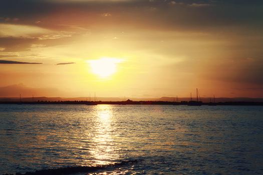 sunset in la paz on the malencon