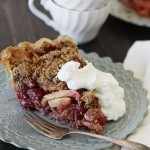 cranberry apple pie with crumb topping