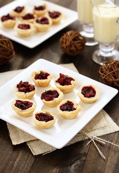mini cranberry walnut tarts
