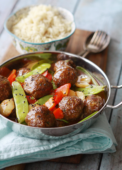 asian meatballs with homemade sweet and sour sauce