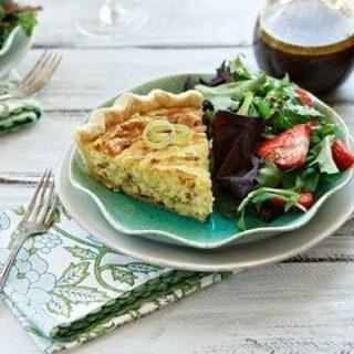 Quiche lorraine recipe leeks bacon and gruyere quiche good quiche lorraine forumfinder Choice Image
