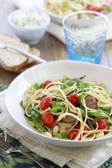 pasta with white beans and tomatoes