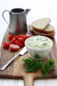 ricotta and tomato crostini