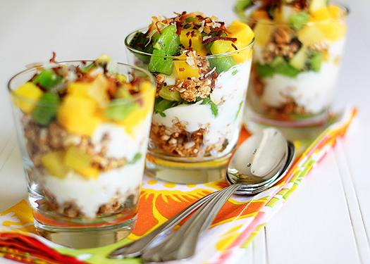 lunchbox fruit and yogurt parfait ideas