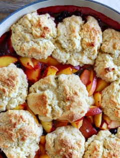 peach berry cobbler recipe sour cream biscuits