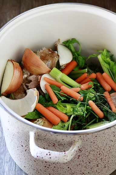 how to make broth from leftover turkey carcass