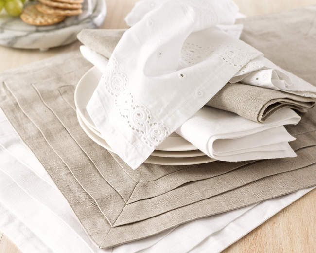 table linens napkins and placemats