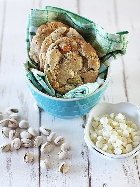 White Chocolate Pistachio Cookie | Pistachio Cookies | Good Life Eats