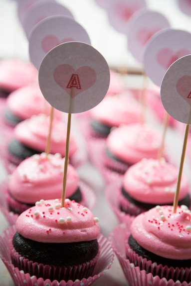 valentine's cupcakes with cupcake toppers