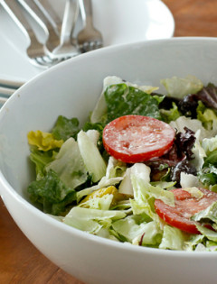 How to Make Olive Garden Salad at Home
