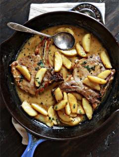 Apple Cider Sage Pork Chops with Caramelized Apples
