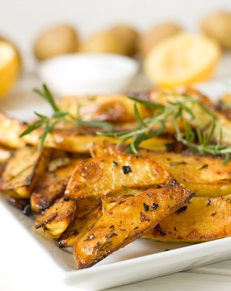 Rosemary and Garlic Roasted Potatoes | Good Life Eats