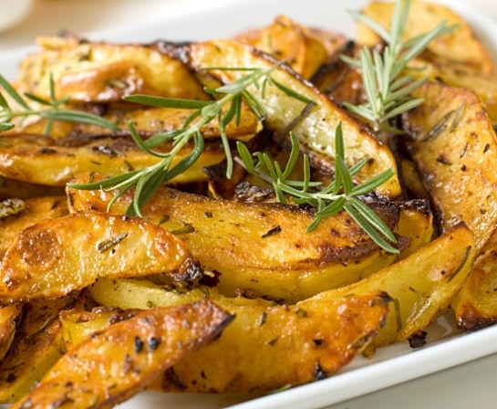 Rosemary And Garlic Roasted Potatoes Recipe — Dishmaps