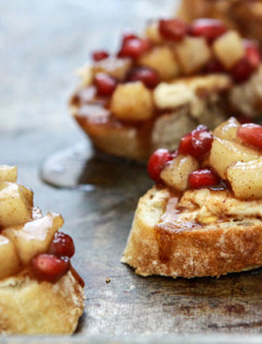spiced pear and pomegranate crostini