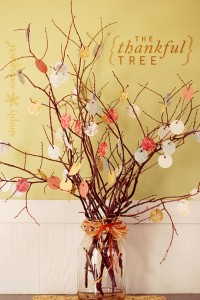 The Thankful Tree by http://www.simplyvintagegirl.com/