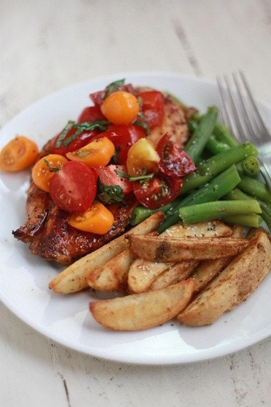 Basil & Balsamic Bruschetta Chicken (GF) // Good Life Eats