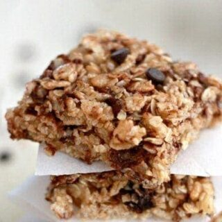 Cherry Chocolate Chip Granola Bars