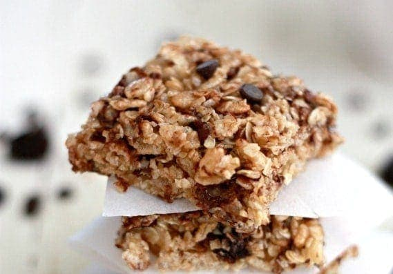 Cherry Chocolate Chip Granola Bars | Simple, delicious SOFT granola bars made without any weird ingredients.