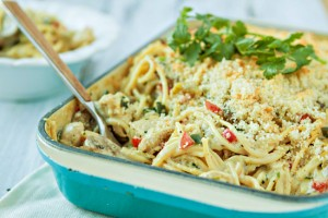 Green Chile Turkey Tetrazzini -- Leftover Turkey Recipe www.goodlifeeats.com
