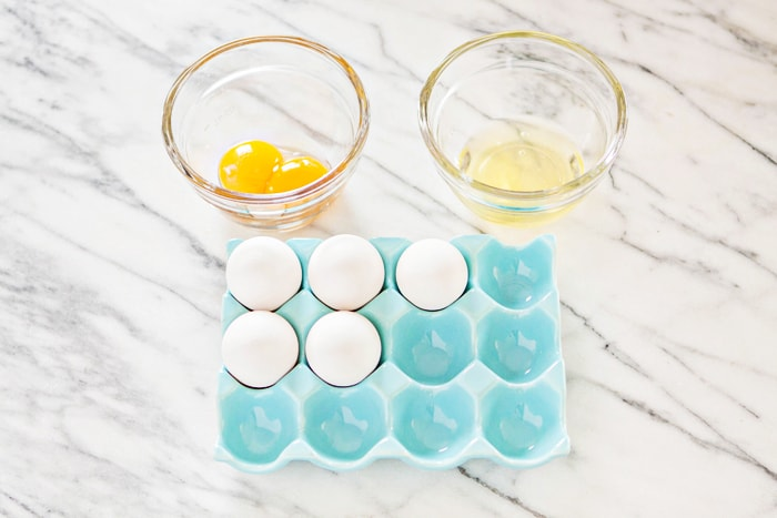 how to separate egg yolks from white