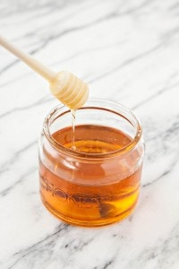 How to Decrystallize Honey - Why Does Honey Crystallize? And How to Fix it