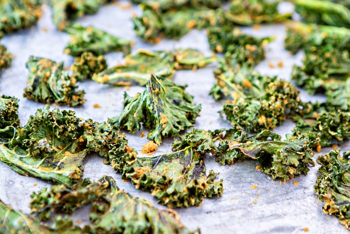 Cheesy Kale Chips Recipe