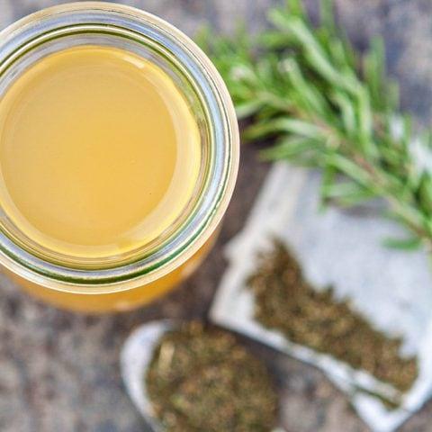 Green Tea Apple Cider Vinegar Hair Rinse
