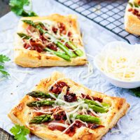 Asparagus Prosciutto Puff Pastry Pizzas