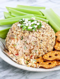 Buffalo Blue Cheese Ball