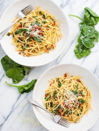 One Pot Pasta: Sundried Tomato Spinach