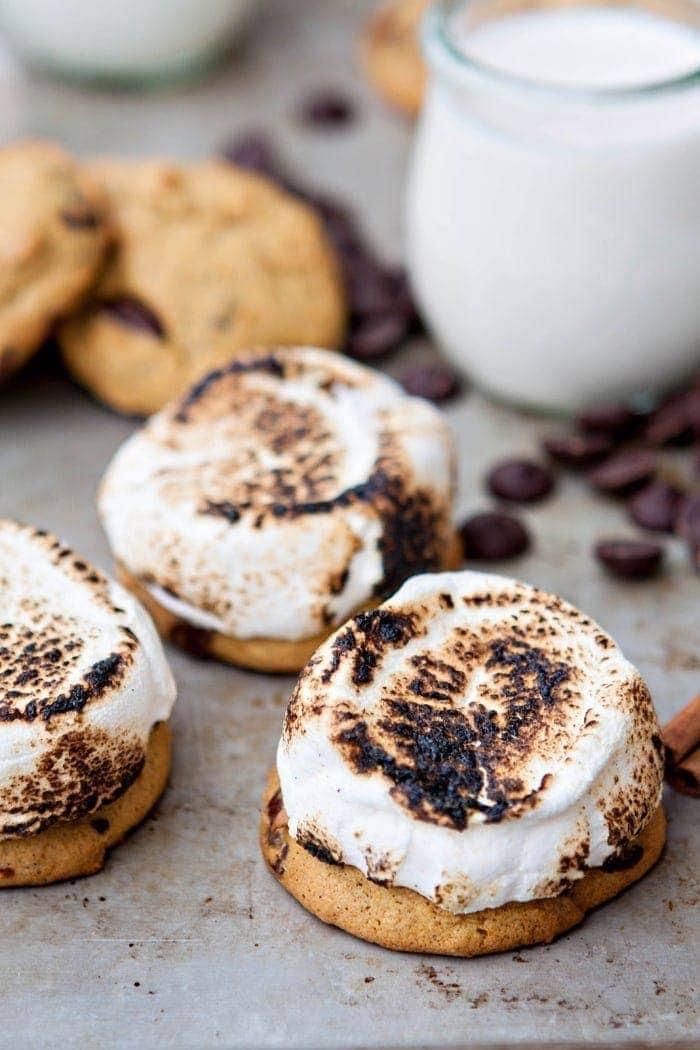 pumpkin-chocolate-chip-cookie-smores-3