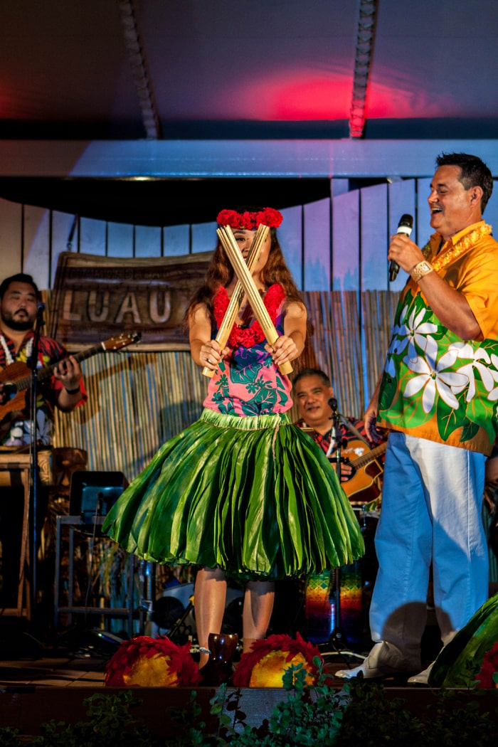 Review Diamond Head Beach Luau in Waikiki at Waikiki Aquarium Photos
