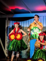Review of Diamond Head Beach Luau in Waikiki at Waikiki Aquarium Photos