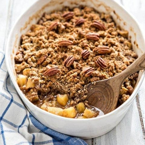Apple Crisp with Oatmeal Pecan Crumble Topping